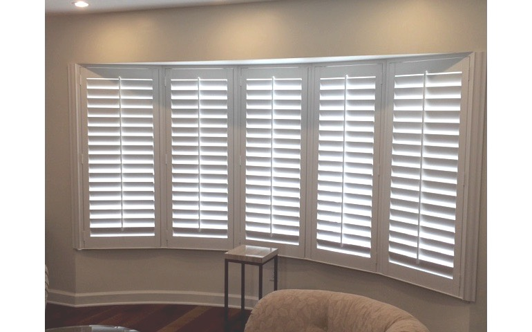 Bow window shutters