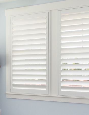 Polywood shutters with hidden tilt rods in Philadelphia